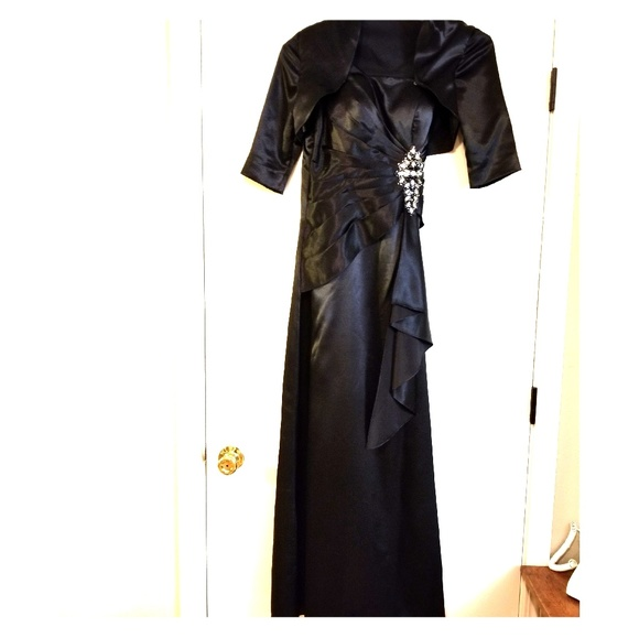 "Modern Maids Dresses & Skirts - Prom/Homecoming Court/Wedding *Black Formal Dress"""